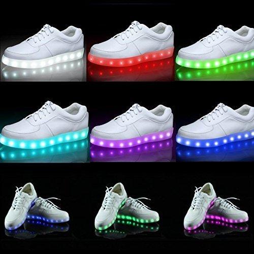 Светящиеся кроссовки с быстрой доставкой